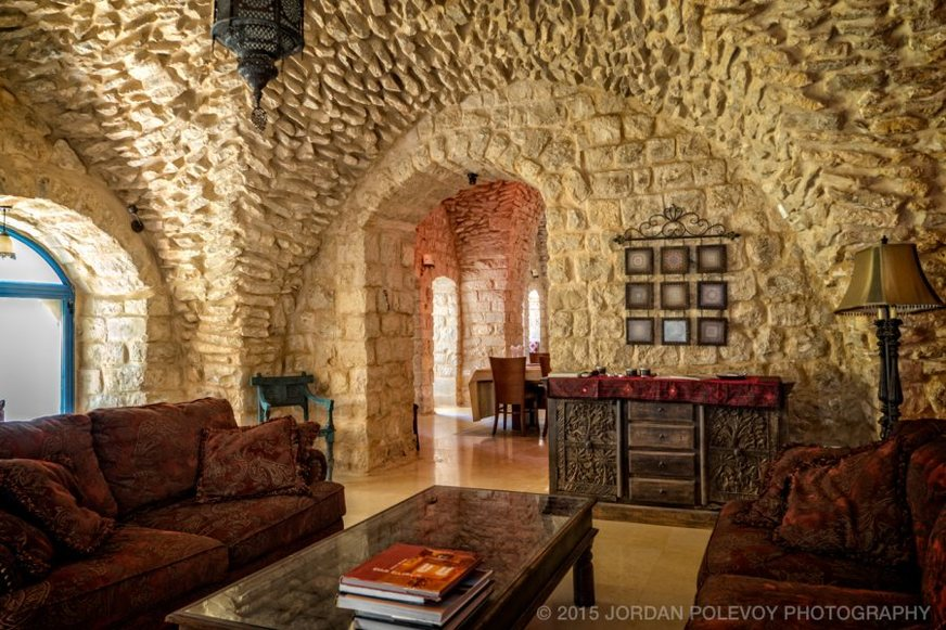 Living room in Vill Tiferet. Ideal for family vacations in Safed.